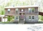 Foreclosed Home in East Hampton 6424 81 MIDDLETOWN AVE - Property ID: 4145897