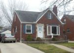 Foreclosed Home in Harper Woods 48225 20624 LOCHMOOR ST - Property ID: 4145945
