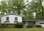 Foreclosed Home in South Bend 46617 1441 WOODCREST DR - Property ID: 4146588