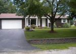 Foreclosed Home in Dupo 62239 2020 DIANE DR - Property ID: 4146609