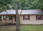 Foreclosed Home in Chesterfield 23832 10806 BLOSSOMWOOD RD - Property ID: 4147094