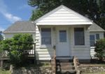 Foreclosed Home in Bettendorf 52722 434 12TH ST - Property ID: 4147425