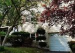 Foreclosed Home in Teaneck 7666 255 E CEDAR LN - Property ID: 4148267