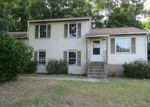 Foreclosed Home in Hopewell 23860 5100 CHESHIRE DR - Property ID: 4148423