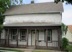 Foreclosed Home in Davenport 52804 1722 N STURDEVANT ST - Property ID: 4148762