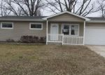 Foreclosed Home in High Ridge 63049 2736 ROYAL OAK DR - Property ID: 4149075