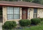 Foreclosed Home in Breaux Bridge 70517 934 CECILE BLVD - Property ID: 4149131