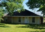 Foreclosed Home in Zachary 70791 1313 CORDOBA DR - Property ID: 4149729