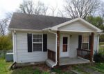 Foreclosed Home in Clarksville 37042 630 LAFAYETTE RD - Property ID: 4150159
