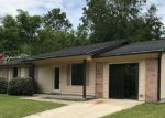 Foreclosed Home in Tallahassee 32305 2708 N SANDALWOOD DR - Property ID: 4150594