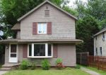 Foreclosed Home in Portland 6480 6 RIVERSIDE ST - Property ID: 4151464