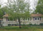 Foreclosed Home in Central Islip 11722 39 HEMLOCK ST - Property ID: 4151557
