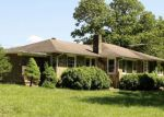 Foreclosed Home in Franklin 28734 2029 CAT CREEK RD - Property ID: 4151727