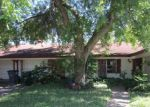 Foreclosed Home in Victoria 77904 202 CANTERBURY LN - Property ID: 4151925