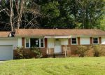 Foreclosed Home in West Middlesex 16159 87 LILAC DR - Property ID: 4151941