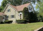 Foreclosed Home in North Smithfield 2896 105 BLACK PLAIN RD - Property ID: 4154126