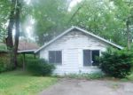 Foreclosed Home in White Lake 48383 542 HILLWOOD - Property ID: 4154763
