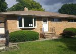 Foreclosed Home in Cleveland 44130 7053 MAPLEWOOD RD - Property ID: 4155604