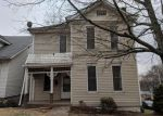 Foreclosed Home in Alton 62002 1101 E 5TH ST - Property ID: 4156069