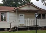 Foreclosed Home in Kenner 70062 839 MINDEN ST - Property ID: 4156124