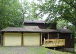 Foreclosed Home in Wallingford 6492 41 W DAYTON HILL RD - Property ID: 4156439