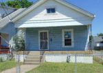 Foreclosed Home in Louisville 40211 747 S 36TH ST - Property ID: 4156550