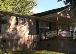 Foreclosed Home in Elizabethton 37643 130 OLLIE COLLINS RD - Property ID: 4156602