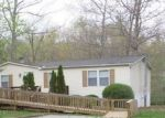 Foreclosed Home in Crossville 38571 137 FOX DEN LN - Property ID: 4156936