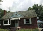 Foreclosed Home in North Tonawanda 14120 1405 WEAVER PKWY - Property ID: 4157197