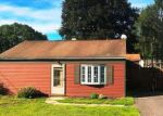 Foreclosed Home in Wallingford 6492 37 CIRCLE DR - Property ID: 4158131