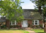 Foreclosed Home in Westbury 11590 588 BRYANT ST - Property ID: 4158631