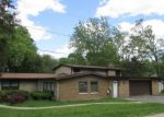 Foreclosed Home in Crystal Lake 60014 1827 LOUISE ST - Property ID: 4159530