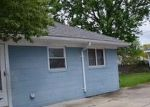 Foreclosed Home in Garden City 48135 5860 ARCOLA ST - Property ID: 4160309