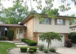 Foreclosed Home in Oak Forest 60452 15232 OAK RD - Property ID: 4160338