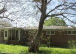Foreclosed Home in Tuscumbia 35674 212 1ST AVE - Property ID: 4160426