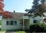 Foreclosed Home in North Olmsted 44070 26933 WHITETHORN AVE - Property ID: 4160708
