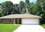 Foreclosed Home in Haughton 71037 8203 WHITE OAK DR - Property ID: 4160865
