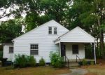 Foreclosed Home in Burlington 27215 924 SCOTT ST - Property ID: 4161368