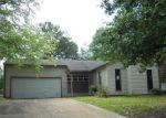 Foreclosed Home in Memphis 38141 4230 RUNNINGBROOK CIR - Property ID: 4161548