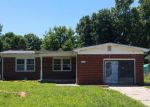 Foreclosed Home in Haysville 67060 425 CLINTON AVE - Property ID: 4161809