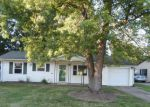 Foreclosed Home in Elyria 44035 528 STANFORD AVE - Property ID: 4161960