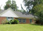 Foreclosed Home in Memphis 38128 4832 ROLLING MEADOWS DR - Property ID: 4163278
