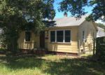 Foreclosed Home in Saint Petersburg 33704 3221 16TH ST N - Property ID: 4163492