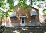 Foreclosed Home in Saint Louis 63125 500 KINGSTON DR - Property ID: 4163918