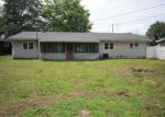 Foreclosed Home in Circleville 43113 932 LINCOLN DR - Property ID: 4164008