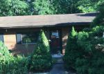 Foreclosed Home in Saint Albans 25177 2325 S WALNUT DR - Property ID: 4164105