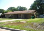 Foreclosed Home in Texarkana 75501 2105 HANDLEY ST - Property ID: 4189847