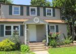 Foreclosed Home in Westbury 11590 167 PEARL ST - Property ID: 4189861
