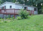 Foreclosed Home in Luray 22835 302 HICKORY DR - Property ID: 4189888