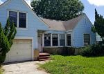 Foreclosed Home in Freeport 77541 1110 W 4TH ST - Property ID: 4190384